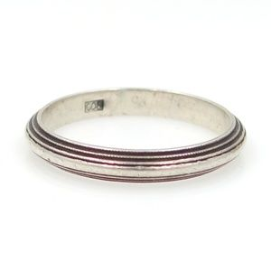 Jewelry - 800 Silver Ridged Stacking Band Size 8 1/2